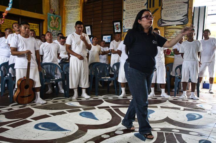 SM_ElSalvador_Prisoners_114-1538420891